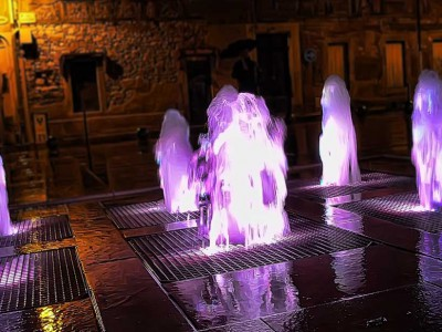 castres gabarou fontaine ornementale dalle seche nuit detail fountain diluvial