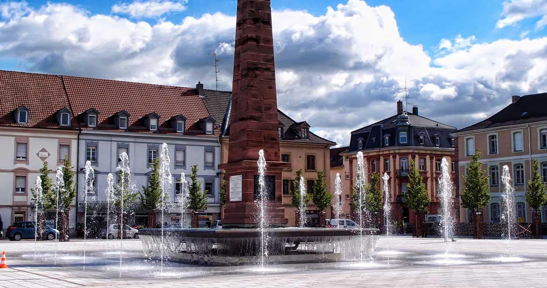 Huningue Place Abbatucci (68)
