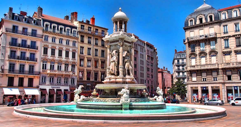 Lyon Place des Jacobins (69)