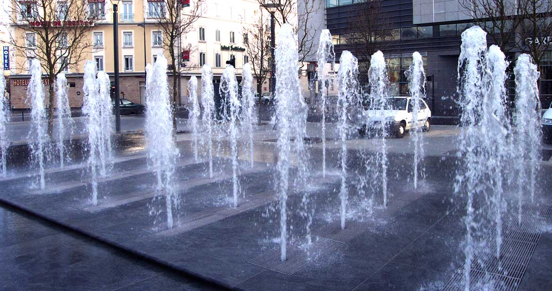Rennes place de la gare (85)