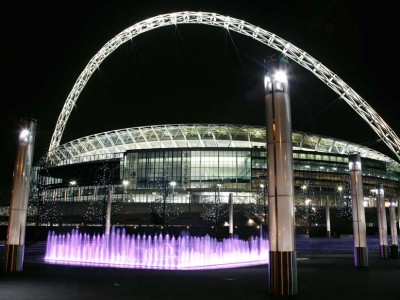 wembley stadium fountain diluvial ghesa
