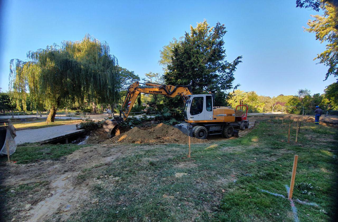 Début des travaux de fontainerie du parc Maurepas à Rennes