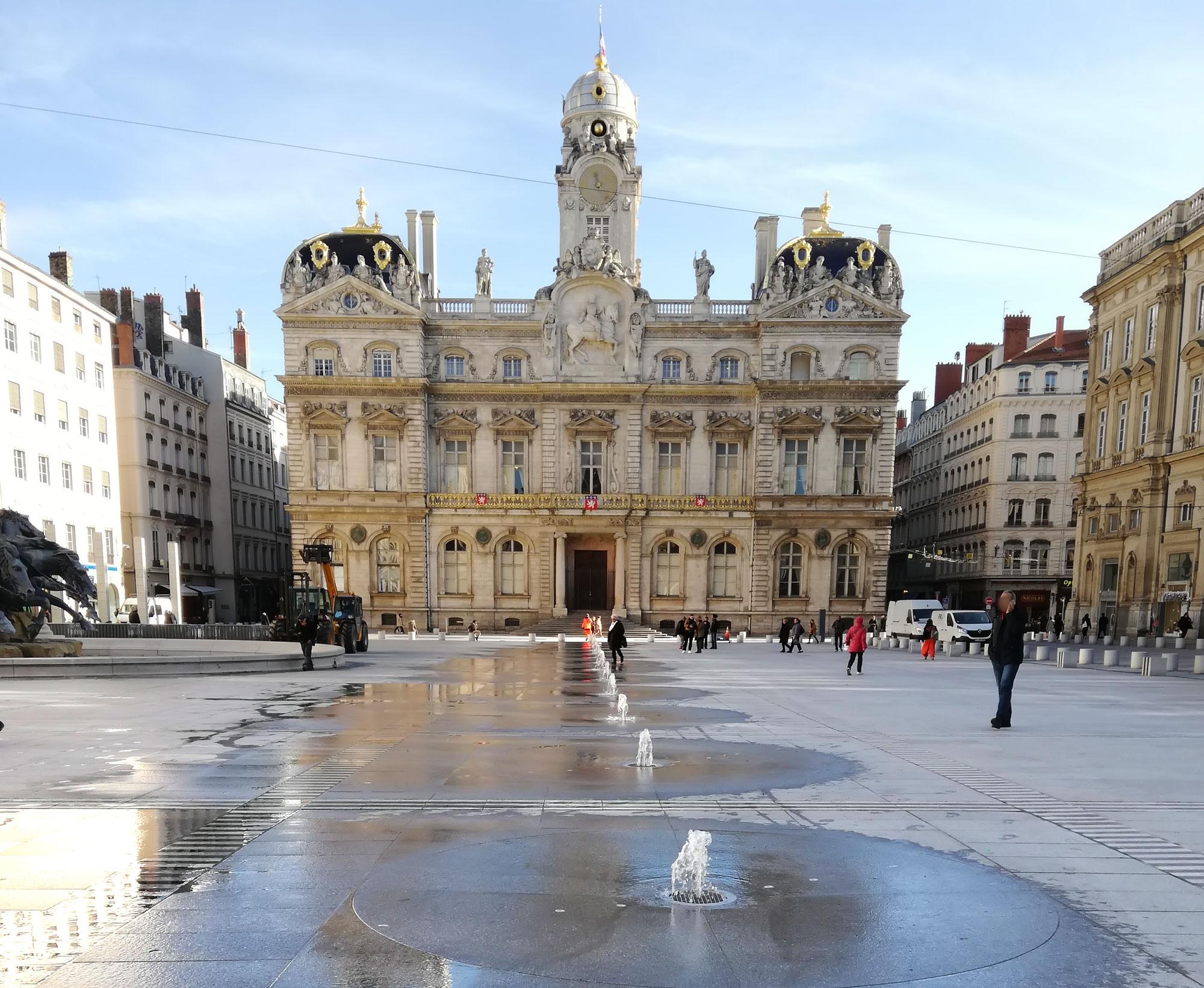 Lyon Place des Terreaux (69)